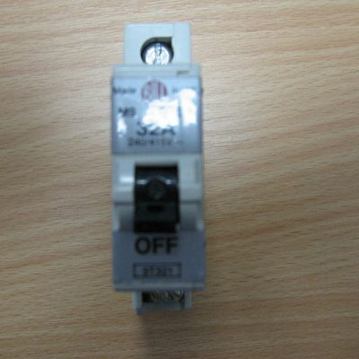 Bill M9 Type 3 Circuit Breaker 32A