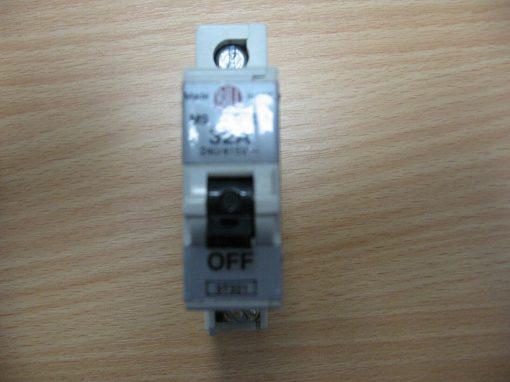 Bill M9 Type 3 Circuit Breaker 32A