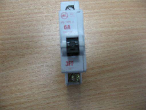Bill M9 Type 3 Circuit Breaker 6A