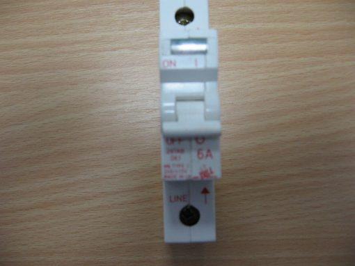 Bill M6 Type 2 6A Circuit Breaker
