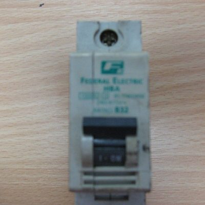 Federal Electric HBA B32 Circuit Breaker