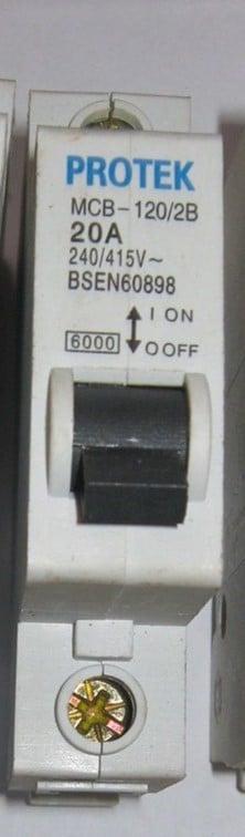 Protek Circuit Breaker 20A