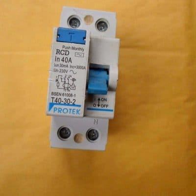 Protek Circuit Breaker 40A