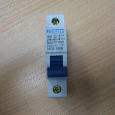 Protek Circuit Breaker B40